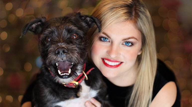 girl with dog 770x430 - Growing Your Heart: 3 Benefits of Volunteering at a Dog Shelter